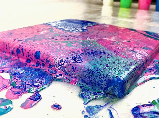 Acrylic Pouring Guide – Pour Painting for Beginners