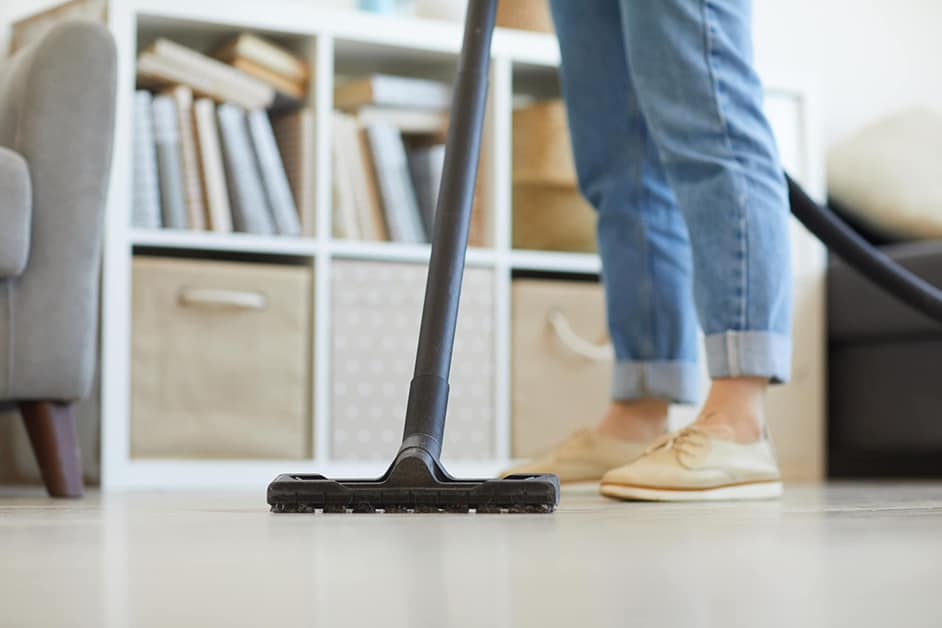 how to clean epoxy floor