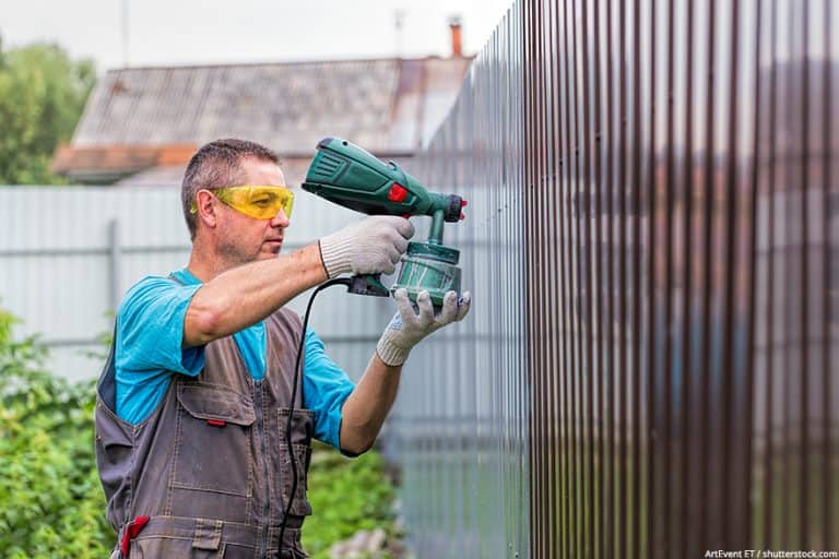 Best Paint Sprayer for Fences – How to Staining a Fence