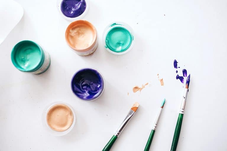 Acrylic vs Latex Paint – The Difference between Acrylic and Latex Paint