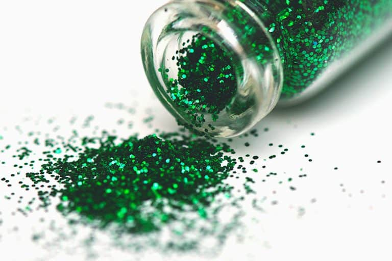 How To Seal Glitter – Sealer and Glue for Glitter Overview
